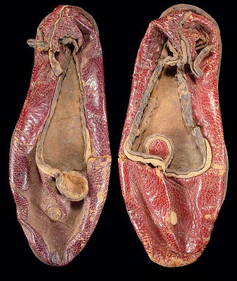 Coptic leather Childs shoes, 4th-6th century AD; Egypt a7368