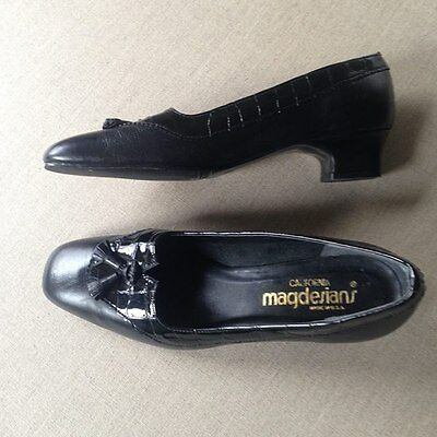 Vintage leather 'magdesians' shoes sz 7 1/2M (they fit 38)