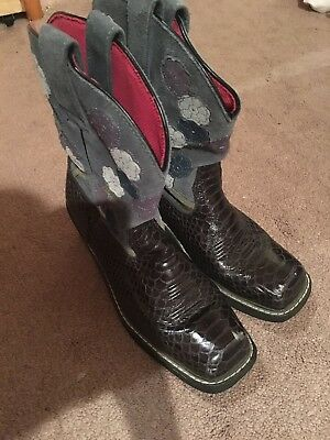 Women's Western Ariat Cowgirl Boots Size 10