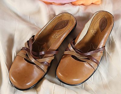 CLARK'S Slip On NEW Brown Women's Slides Leather Upper - Size 7.5 OFFERS!