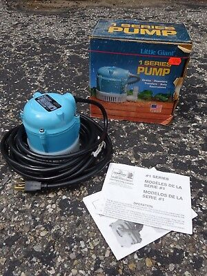 Little Giant 1 Series 1AA-18 Submersible Fountain / Sump Pump  2.8 GPM 1/200 HP