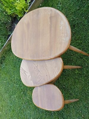 Stunning Set Of Ercol Pebble Coffee Tables Very Good Condition For Restoration