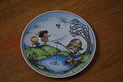 1966 Joan Walsh Anglund March Plate - NICE!!! Pre - Precious Moments