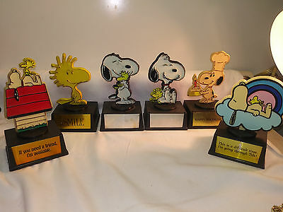 (6) Vintage Aviva Peanuts Trophy, Snoopy And Friends Dated 1958-1965