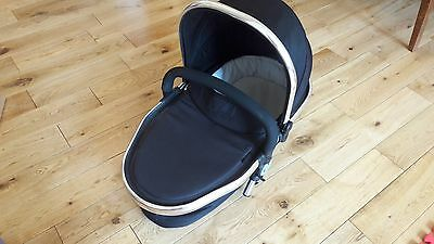 icandy peach blossom carrycot - great condition - £45