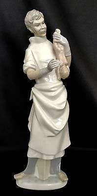 "Lladro ""Obstetrician"" (4763 Mint Condition) Doctor/Physician"