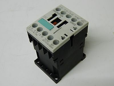 Siemens 3RT1015-1BB41 3 Polo 3KW Contactor Aux 1X N/O 24vdc Coil