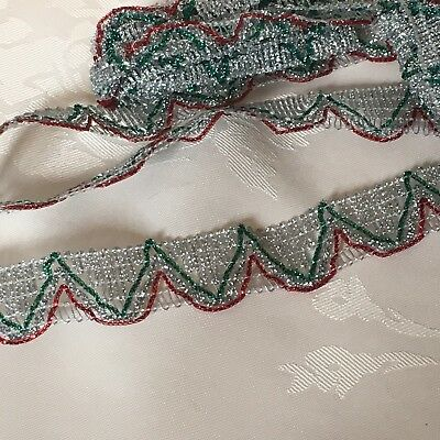 2m x 22mm Silver Green And Red Trimming