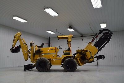 2004 Vermeer  V8550A Hyd Sideshifting Trencher Conveyor Backhoe Ditch Witch