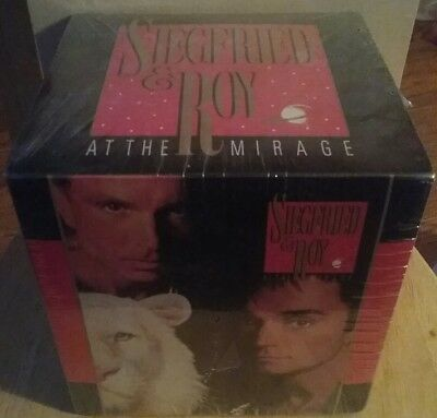Siegfried And Roy At The Mirage Magic Illusion Box & White Tiger, Very Rare