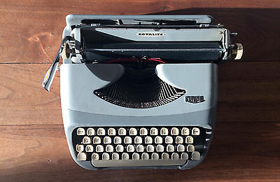 Vintage 1950's Royal Typewriter - Royalite - with Two Typing Course Books