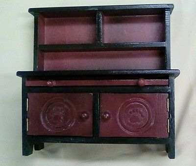 """Boyds Collection Bear Furniture Green and Burgundy """"Emily's Kitchen Cabinet"""""""