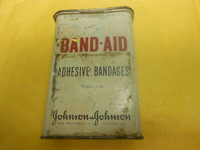 !!!!!!  Vintage Old Band Aid Metal Container  !!!!!!!!!!!