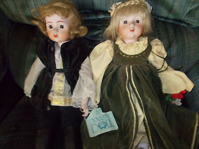 2 Dynasty dolls bought at auction