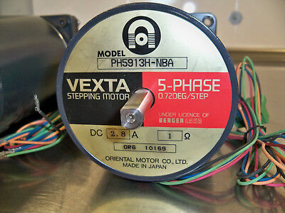 Vexta Stepping Motor PH5913H-NBA 5-Phase 0.72 Deg/Step Stepper Motor Dual Shaft