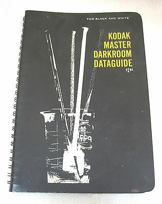 1963 Eastman Kodak Master Darkroom Dataguide Black & White Photography T72