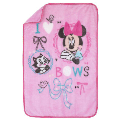 Disney Luxury Plush Throw - Minnie Mouse - All About the Bows - Girls