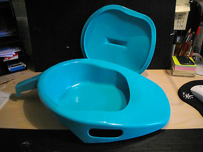 NEW Plastic Bed Pan with lid
