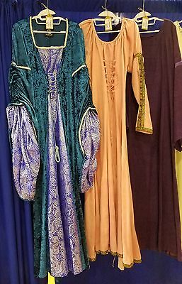 Renaissance Medieval Madrigal Game of Thrones Dress Gown Halloween Costumes