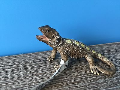 Schleich Lizard Bearded Dragon Action Figure # 14675