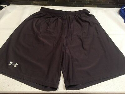 "UNDER ARMOUR Gray Shorts Athletic Loose Mens Size Large Silky 8-1/2"" inseam"