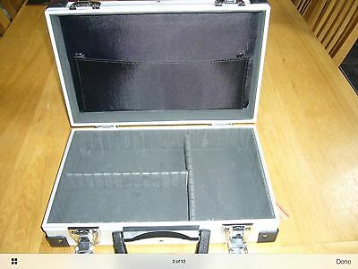 Special Offer Reduced Small Aluminium Flight case. Storage for Fidget spinners.
