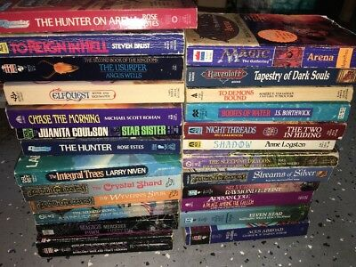 24 Dragonlance Book Lot DUNGEONS DRAGONS Forgotten Realms Magic Gathering Books