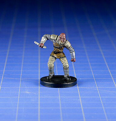Star Wars miniatures minis Bounty Hunters Aqualish Assassin #15 & Card WOTC