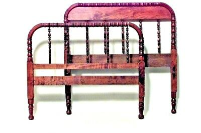 American Victorian Style Walnut Spool Design Bed