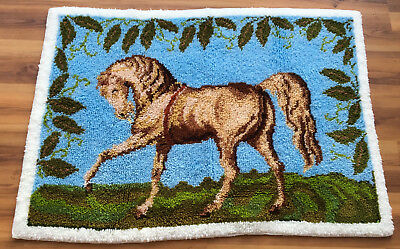 Vtg Completed/Finished Hand Crafted HORSE Lached/ Hooked Rug/Wall Hanging 343