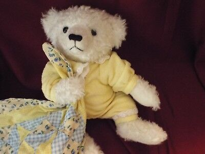 Ashton Drake Gallery Teddy Bear-Baby Cub With Yellow P.j's-Matching Quilt-1996