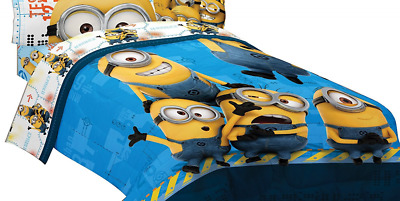 Universal ML440C Minions Testing 1234 Microfiber Twin/Full Comforter, 72 by 86-I