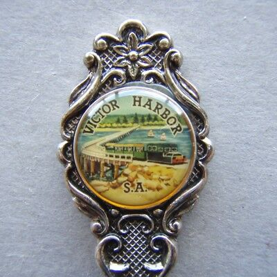Victor Harbor SA Siverplated Cameo Souvenir Spoon Teaspoon (T93)