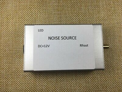 1 ~ 3.5GHz Noise Signal Generator Noise Source Simple Spectrum Tracking Source
