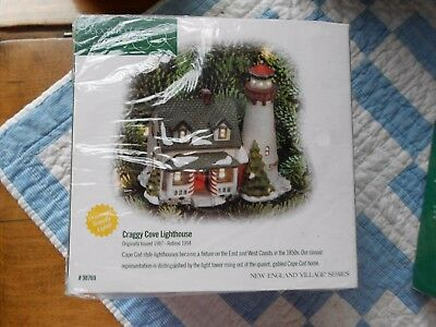 DEPT 56  NEW ENGLAND VILLAGE Accessory CRAGGY COVE LIGHTHOUSE ORNAMENT NIB