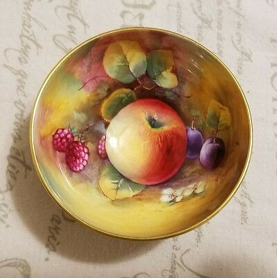 Paragon Golden Harvest Small Bowl Fruits Encrusted Signed Holland G7934A