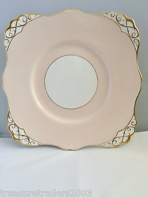 🌟 Tuscan Cake Sandwich Plate Square In Pale Peach White & Gold