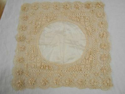 EXQUISITE Vintage Antique SILK LACE CREAM BEIGE LACE WEDDING Handkerchief Hanky