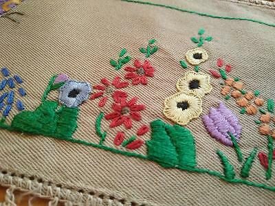 Cottage Gardens ~ Vintage Hand Embroidered Sandwich Doily