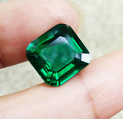 11.5x11mm.5.30Cts. Hydrothermal Columbian Emerald Excellent Cut AAA