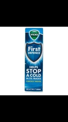 Vicks FIRST Defence Nasal Spray Helps Stop A Cold In Its Tracks 15ml