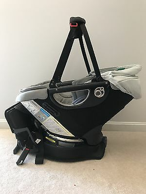 Orbit Baby G2 Car Seat and base