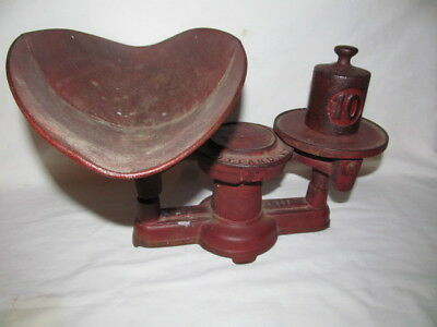 Vintage Howe Scale Company Tabletop Scale