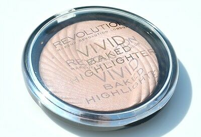 Makeup Revolution Vivid Baked Highlighter Shimmer Powder Peach Lights