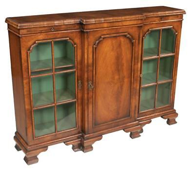 Chippendale walnut breakfront bookcase with cross banded top, outsides... Lot 81