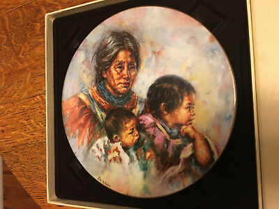 "Royal Doulton Collector Plate ""Noble Heritage"" Lisette De Winne 1981 (305)"