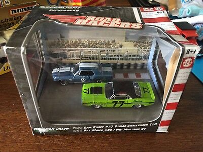 Green light Collectables Roadracers 1970 Dodge Charger 1968 Ford Mustang Gt