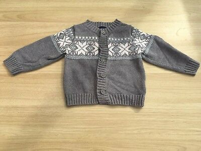 Baby Gap Cardigan Age 18-24 Months Old boys Grey with snowflake design.