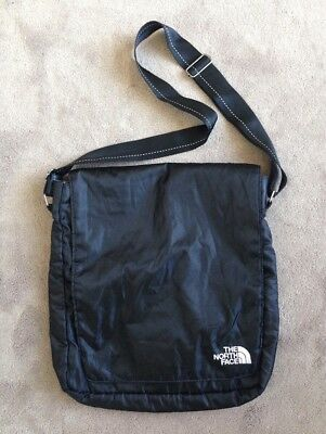 The North Face Messenger Crossbody School Book Bag EUC Black