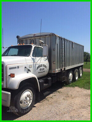 1987 Chevrolet Kodiak C7500 20-ft Aluminum Grain Box Truck Commercial Daycab PTO